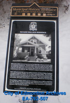 EHB Plaque for the Richard Wallace Residence