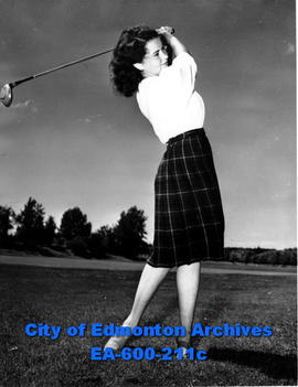13th annual Alberta women's golf tournament: Lorraine Fowler.