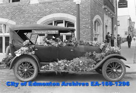 Edmonton Journal Flower Car