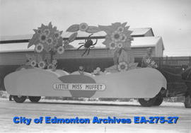 Santa Claus Parade Float - Little Miss Muffet