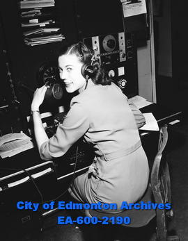 Cecilia Davidson, only female radio operator in Toronto.