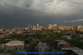 An Evening of Summer Clouds & Storms - Image 18 of 24