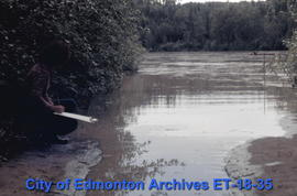 Fort Edmonton Park - Recording of height of the river