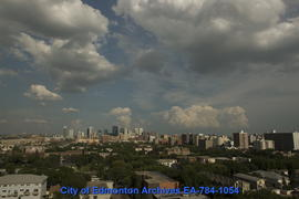 An Evening of Summer Clouds & Storms - Image 1 of 24