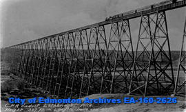 CPR Viaduct, Lethbridge, Alberta (height - 307 ft, length - 1 mile and 47 feet).
