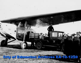 Edmonton Airport-Mail Flight