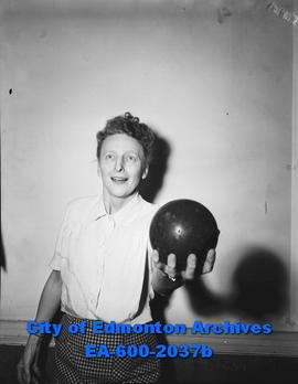 Bowling feature: Mamie McNabb.