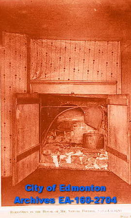 Bake oven in the house of Mr. Samuel Pollet.