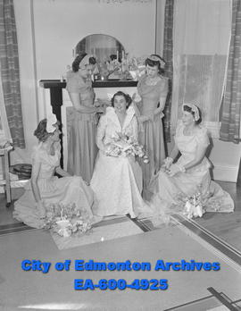 Women of Today - Pretty August wedding took place at Knox United Church when Margaret Elizabeth A...