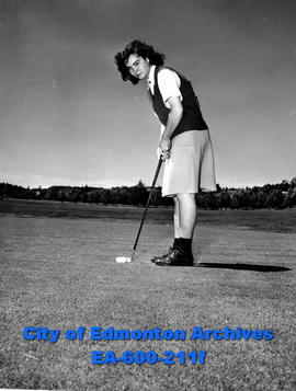 13th annual Alberta women's golf tournament: Alice Fowler, bronze champion at 16 years of age.