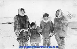 Inuk children