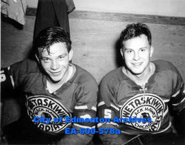 Wetaskiwin Canadians hockey team members (L-R) Colin Kilburn and Ken Cook.