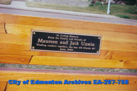 Plaque on bench - honouring Maureen and Jack Unwin