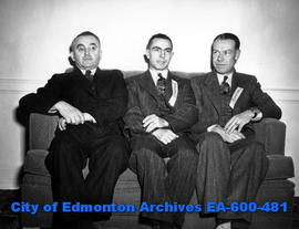 Alberta division of the Canadian Weekly Newspaper Association elects officers. (L-R) B. Pletschet...