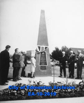 Stutchbury Memorial Unveiling
