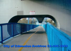 Dudley B. Menzies Bridge; pedestrian and bicycle path