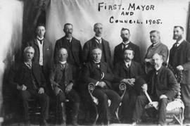 First Mayor and Council, 1905
