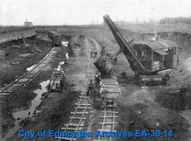 Tofield Coal Co. - Excavator Loading Coal Cars
