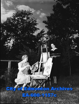 c07dd503d446 Mrs. V. S. Kauffman with daughter. - City of Edmonton Archives