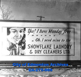 Sign - Snowflake Laundry