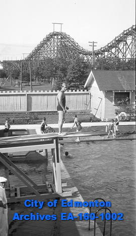 Borden Park Swimming Pool
