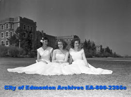 Women's Page - College Feature. L-R: Mary Field, Peggy Johnson, Nancy Jean York.