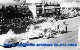 Parade - Hudson's Bay Company Float