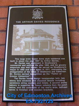 EHB Plaque for Arthur Davies Residence