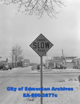 Traffic signs feature: crossroad - slow