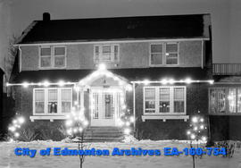 Dowdell House with Christmas Lights
