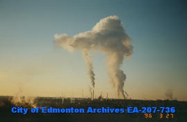 Smoke plume over refineries in east Edmonton