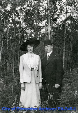 Winnifred and Harold Ross