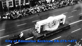 Parade - Alberta Oil float