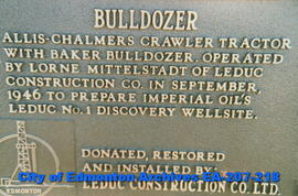 Bulldozer - plaque