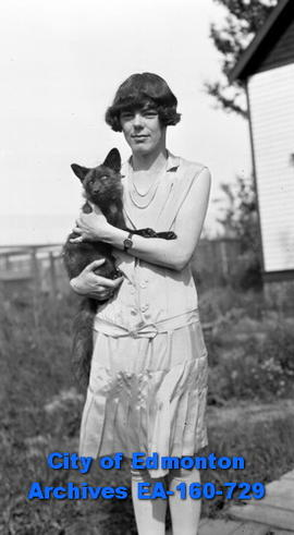 Sybil Hollingworth with Pet Fox