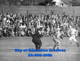 Eskimos and Vancouver Yorks in baseball play-offs at Renfrew Park: Eskimos runner Ralph Morgan an...