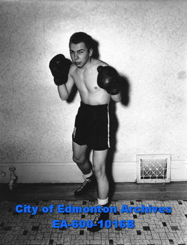 Members of the University Boxing Club: Jerry Dahms.